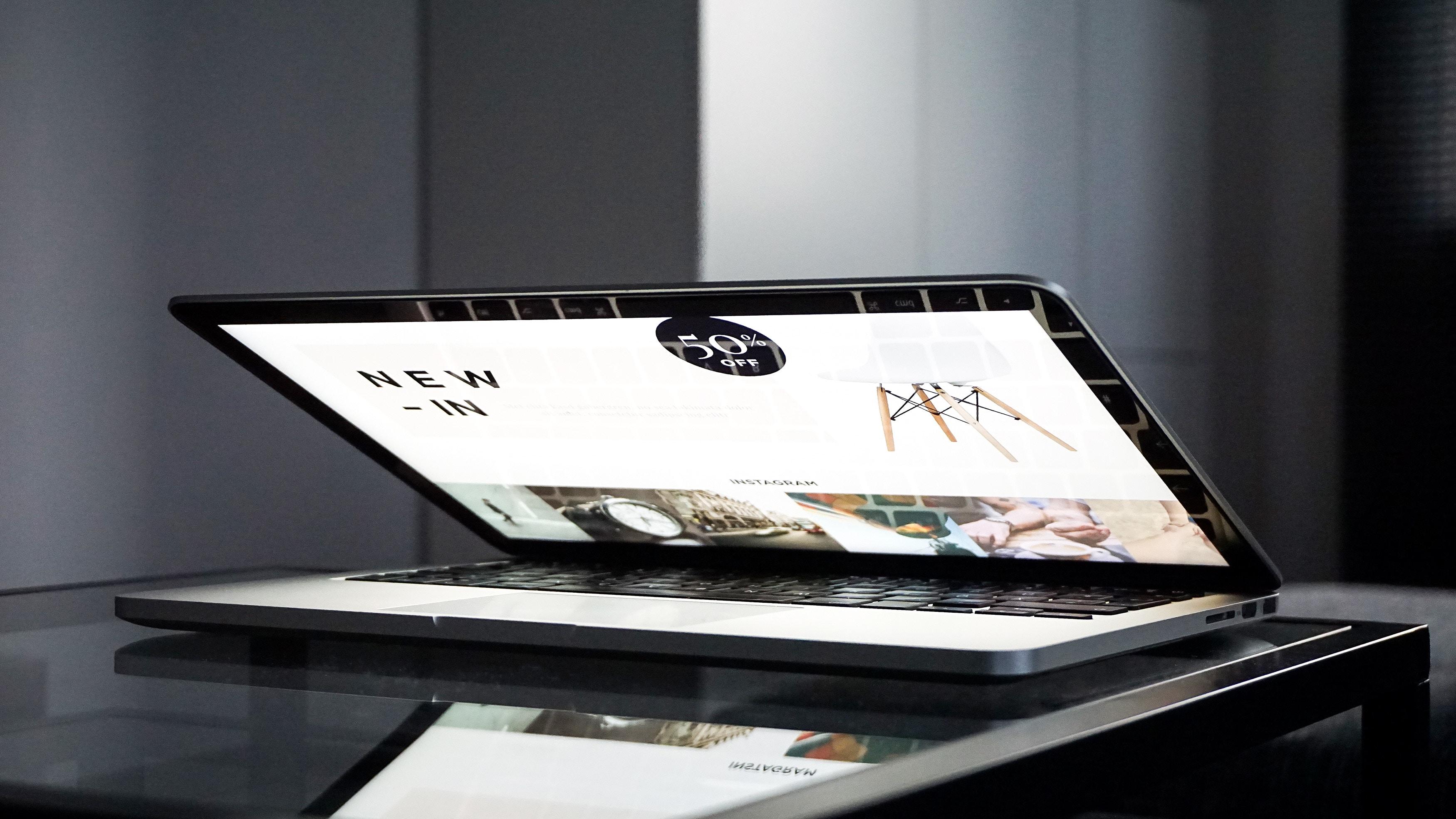 computer shopping buyer's journey marketing